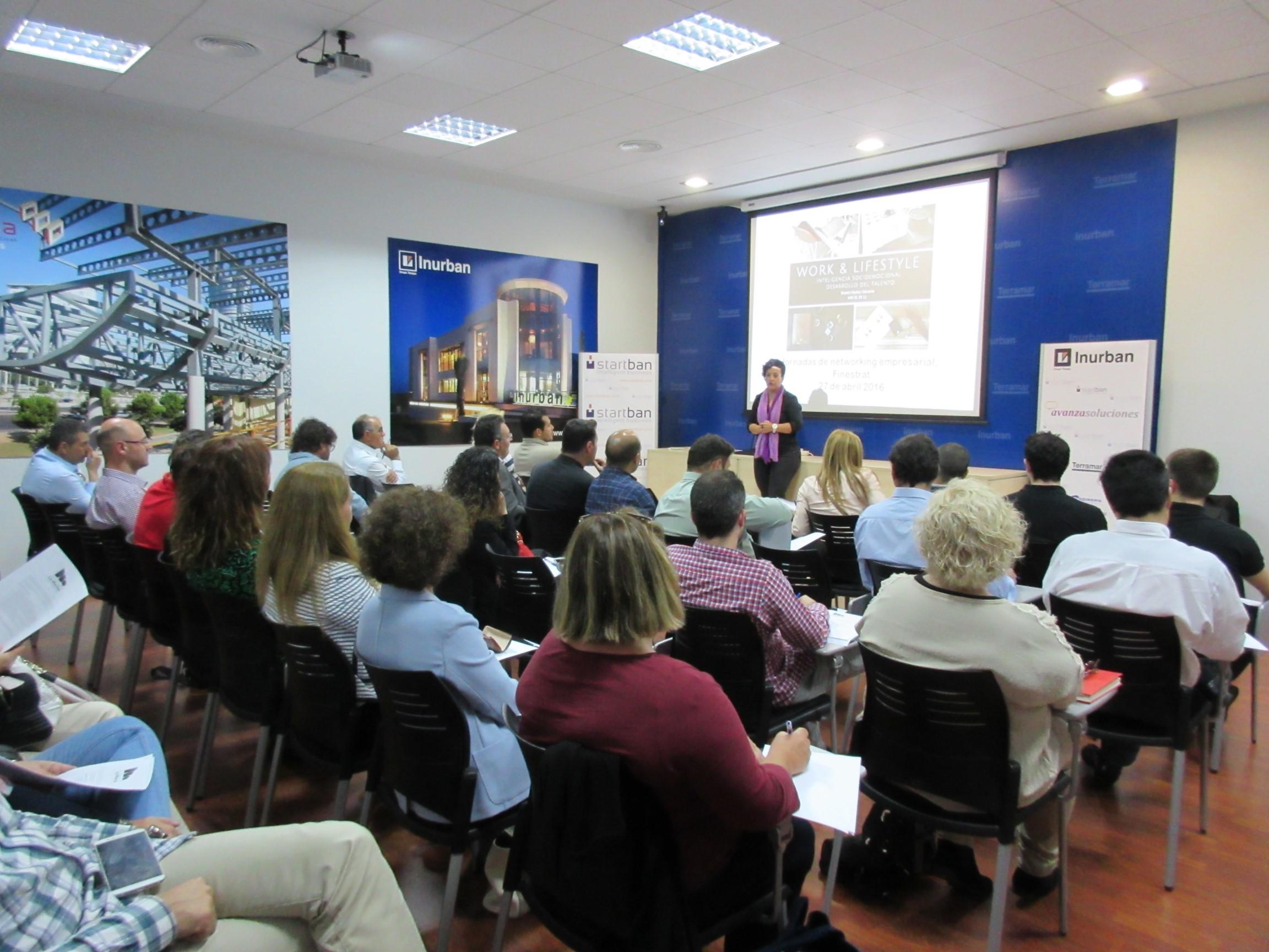 Primer Networking del Club Empresarial La Marina en Terramar Centro de Negocios
